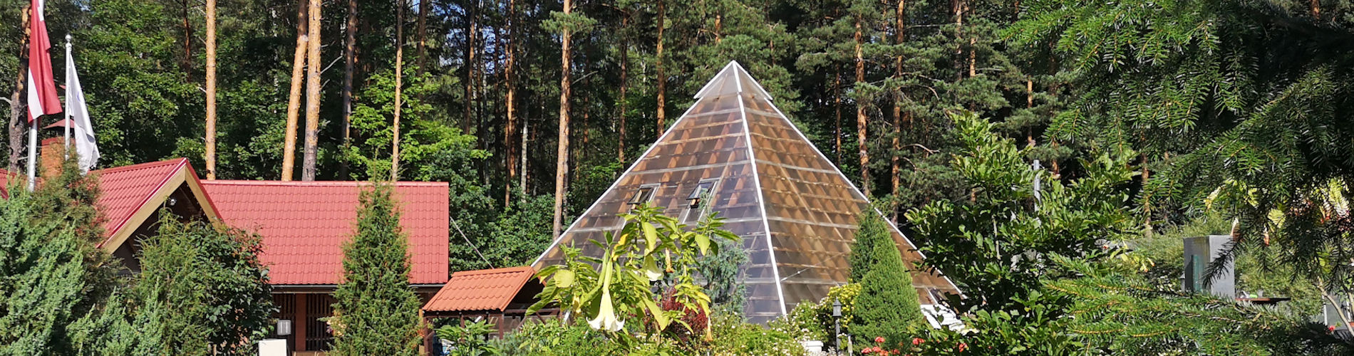 Garden House Viktorijas